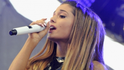 MTV's TRL Is Back For One Day Thanks To Ariana Grande