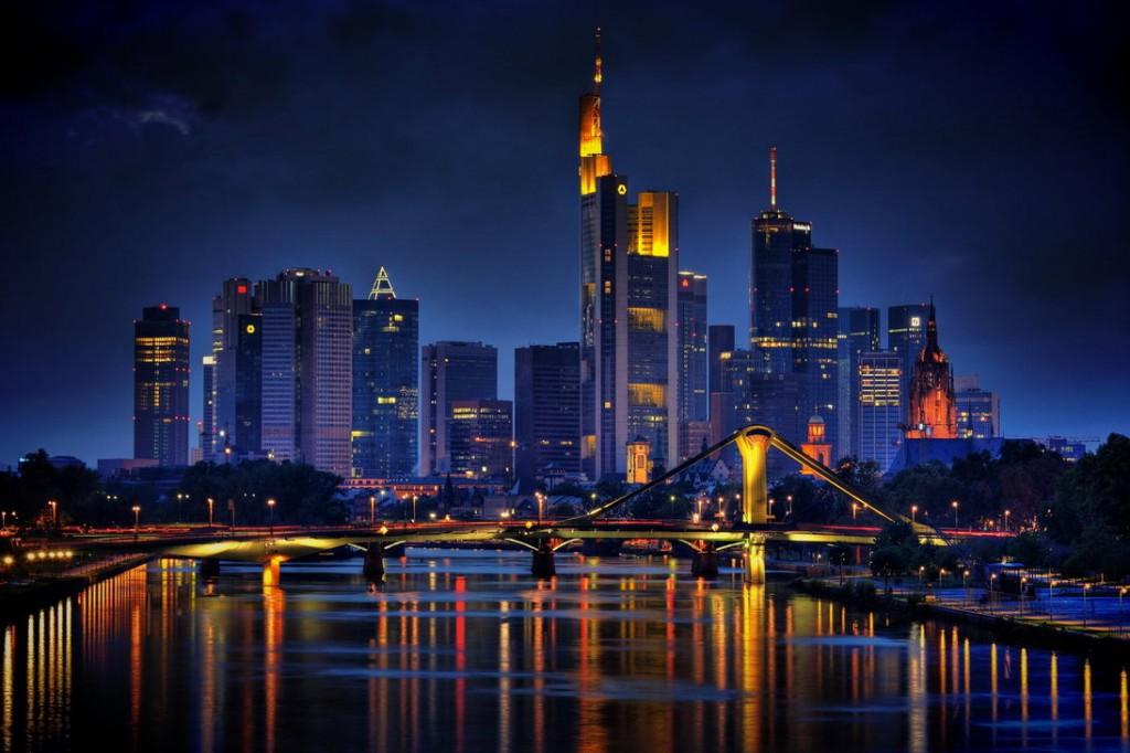 frankfurt_skyline_by_cndrs-d4f2r9m