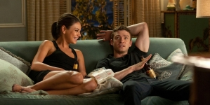 When You Should Turn Your Friends With Benefits Into The Real Deal