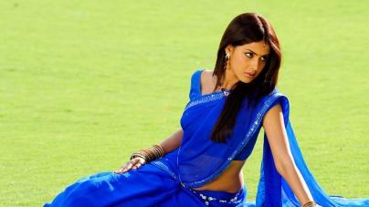 Fashion Trend: Celebrities in Saree