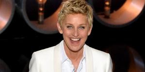 Ellen Degeneres Shows Children Old Technology And It's Hilarious (Video)