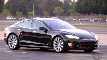 Tesla Model S Just Unveiled The Future Of Driving (VIDEO)