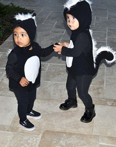 1414850156_north-west-penelope-disick-skunks-350