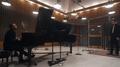 """John Legend And Sam Smith Sing """"Lay Me Down"""" Together And It Is Beautiful (VIDEO)"""