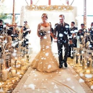 10 Breathtaking Wedding Aisles