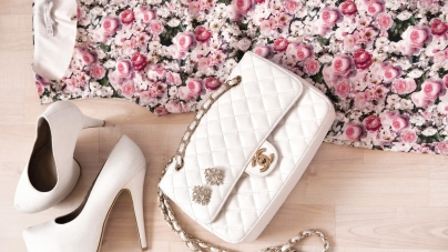 Chanel Says Yes To Online Retailing
