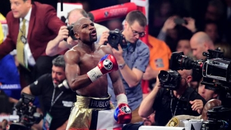 Floyd Mayweather's Net Worth Rose to $330 Million After Beating Manny Pacquiao